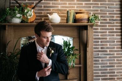 groom ElizabethStyledShoot (112)